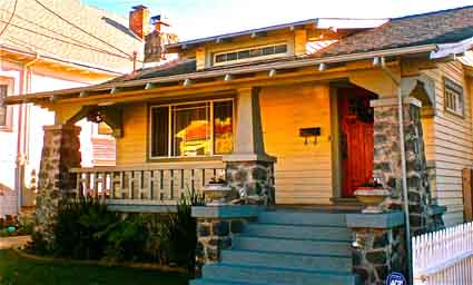 The Craftsman Bungalow often found in Berkeley poses hazards in earthquake country.