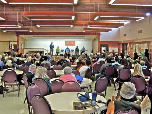You count them. Big crowd at Berkeley's first mayoral forum, at North side Senior Center Wednesday afternoon.