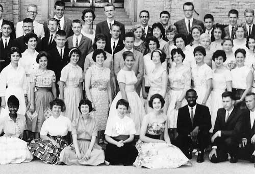 Medill cherubs class of 1960 with the Charlotte N.C. contingent sitting on the left. I'm squinting in the fourth row, and on the right of the second row is another Berkeleyan, the late Marilyn Landau.