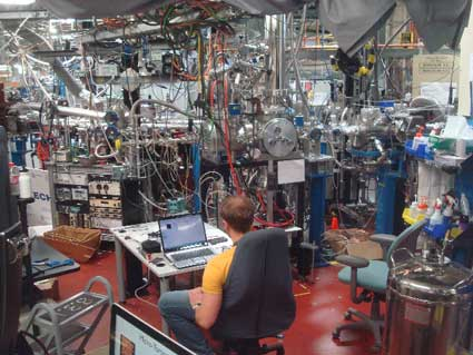 Inside the impossibly complex bowels of the Advanced Light Source a